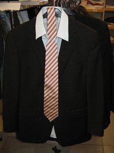 5ae65ac7f293 Kleidung günstig kaufen - Rot-Kreuz-Lädle